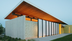 Stapleton Pool House #2 / Semple Brown Design