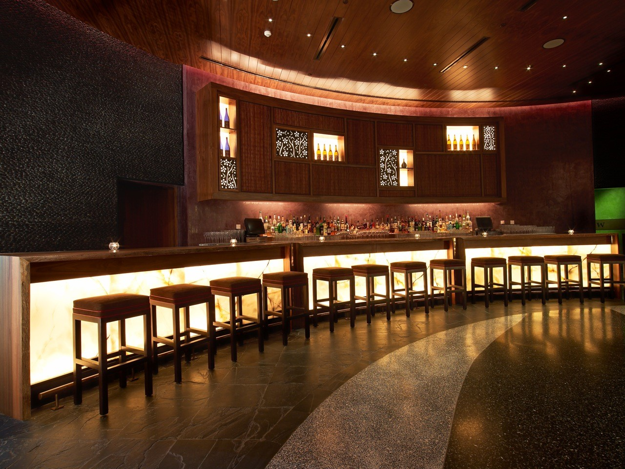 Nobu Dubai / Rockwell Group, Courtesy of  rockwell group