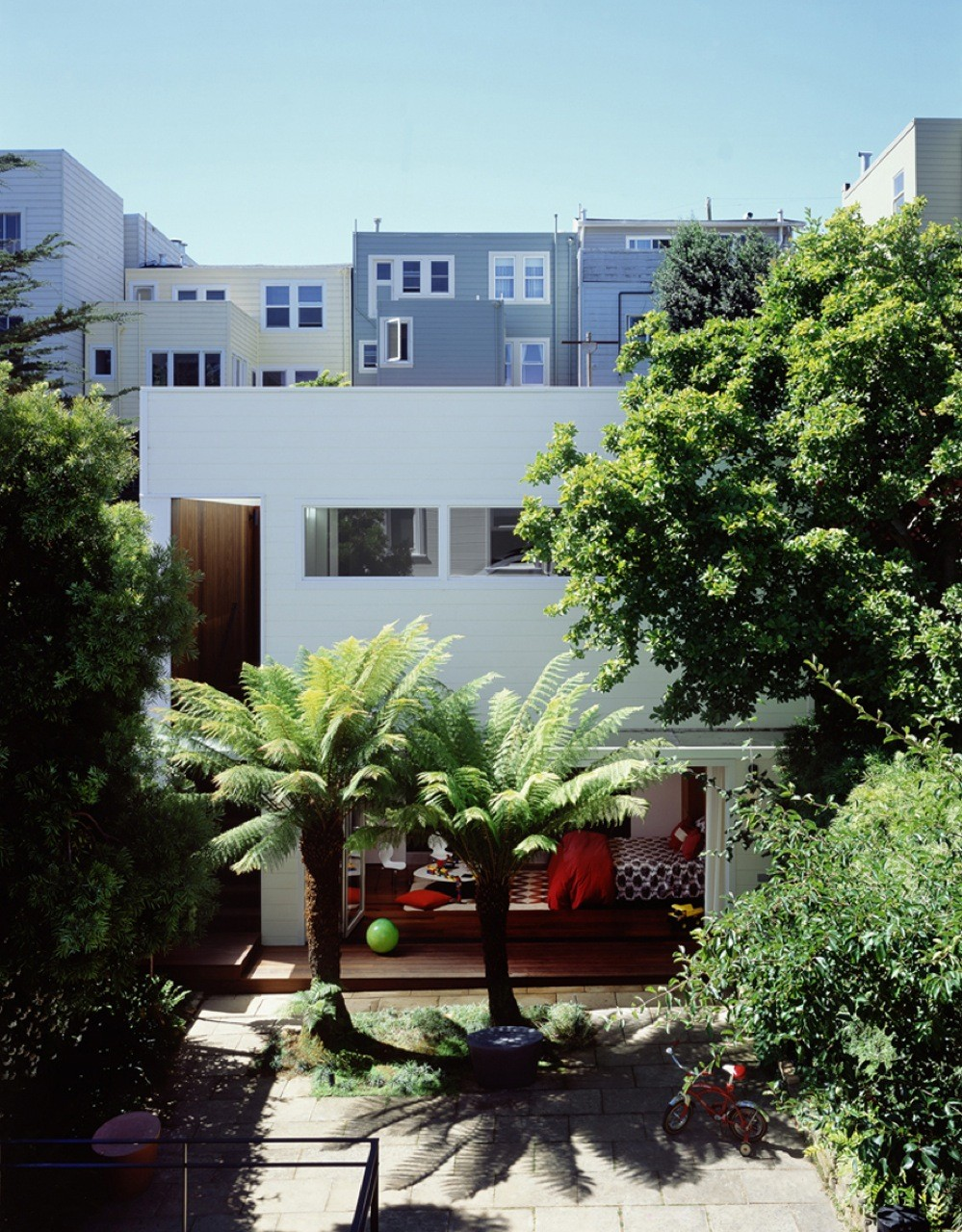 Eureka Valley Residence / Cary Bernstein Architect, © Sharon Risedorph