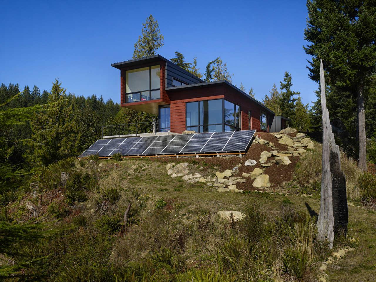 Chuckanut Ridge Residence / Prentiss Architects, © Ben Benschneider