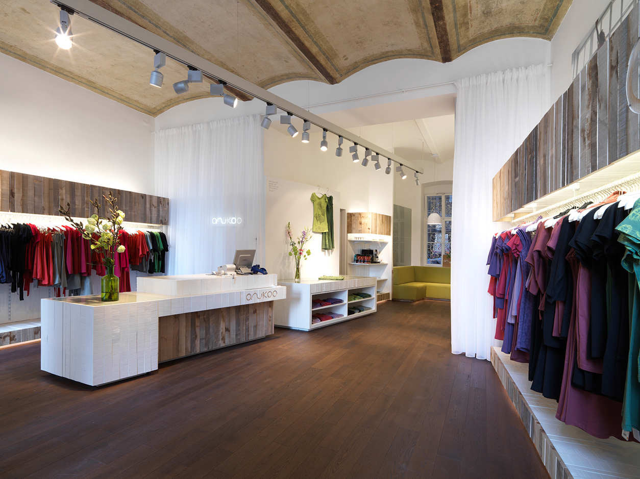 Gallery of anukoo fair fashion shop atelier heiss for Local home interior designers