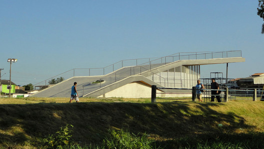 Homeless World Cup Legacy Center / Lompreta Nolte Arquitetos + Architecture For Humanity + Nanda ...