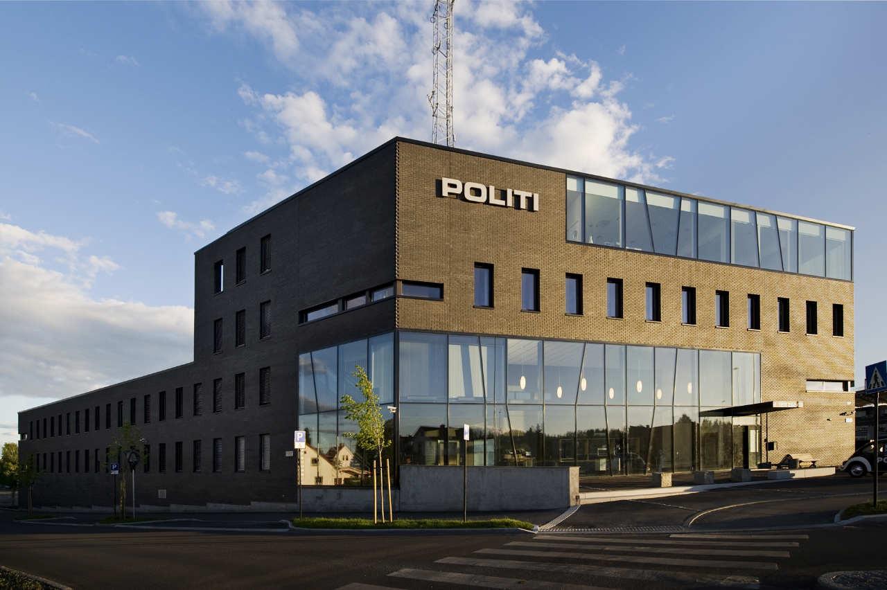 Hamar Police Station / Filter arkitekter  + LPO, © Kristin Hovde, Per Olav Pedersen