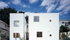 Inside House & Outside House / Takeshi Hosaka Architects