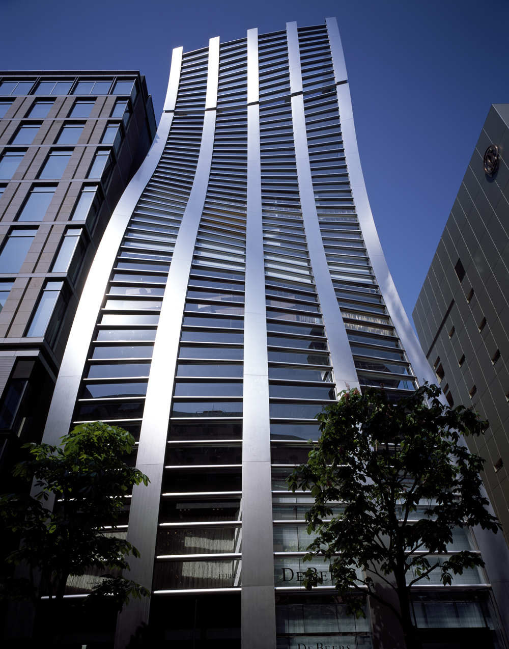Gallery of de beers ginza building jun mitsui for Architecture tokyo