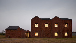 Three Courtyard Community Centre / AZL architects