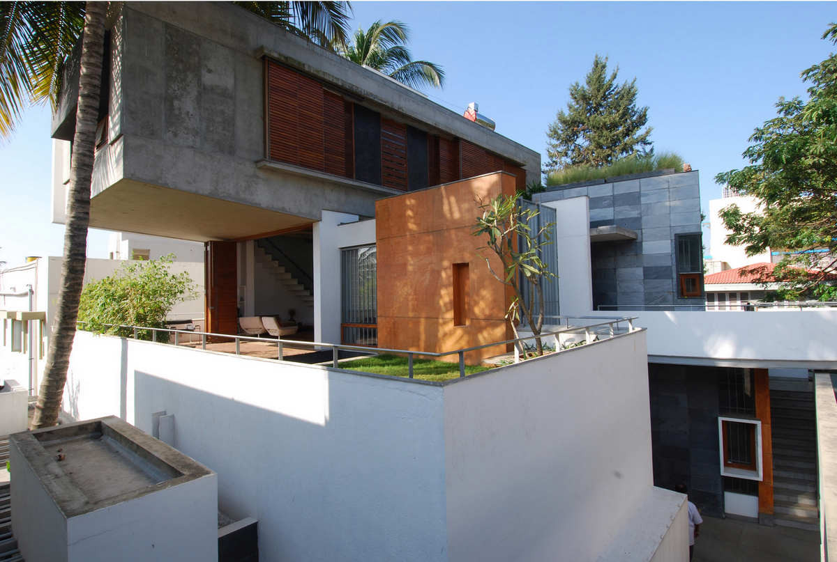 Stacked House Renovation / Architecture Paradigm, © Vimal Jain