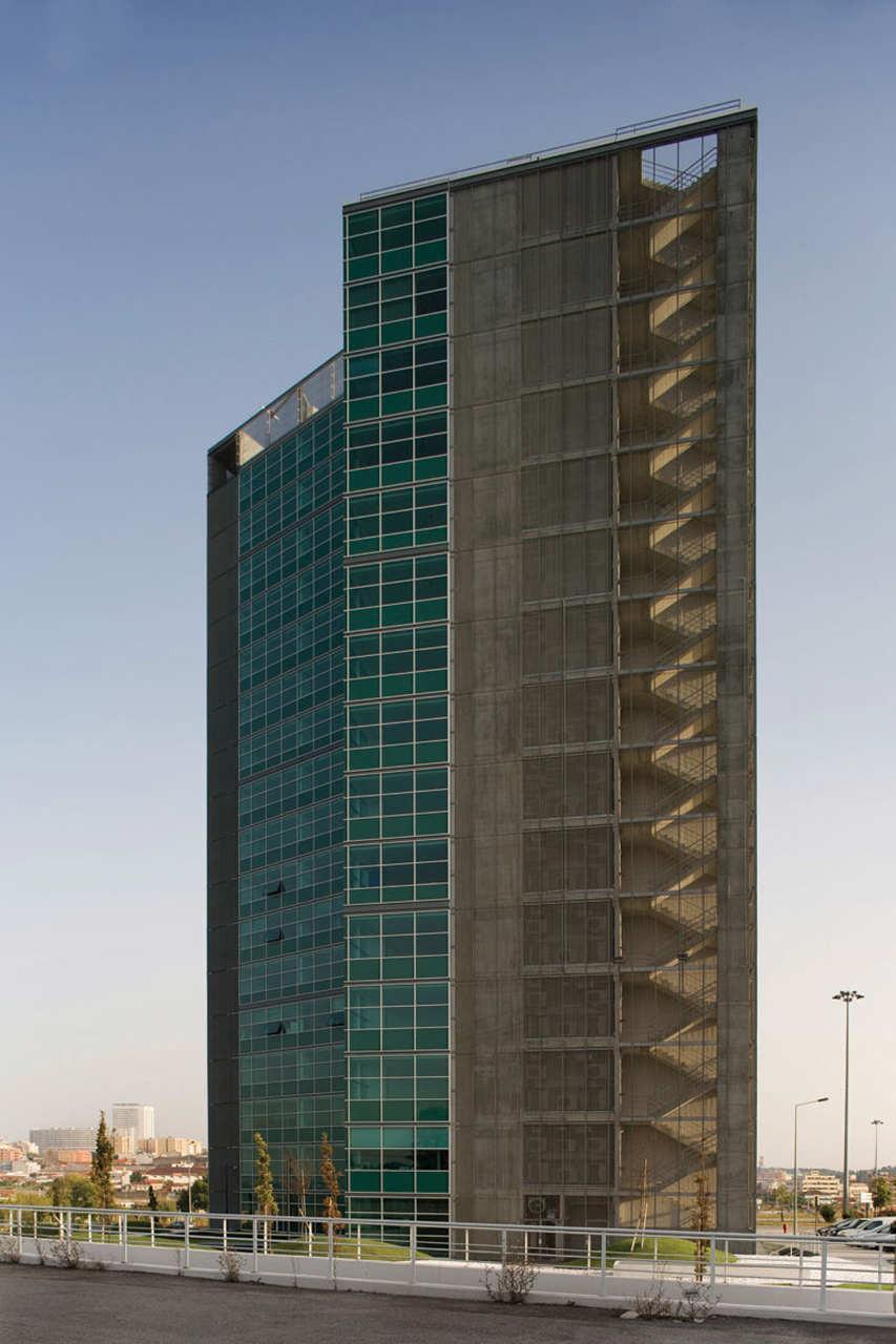 Tower Plaza / Regino Cruz Architects, Courtesy of  regino cruz architects