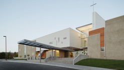 Littleton Church of Christ / Semple Brown Design
