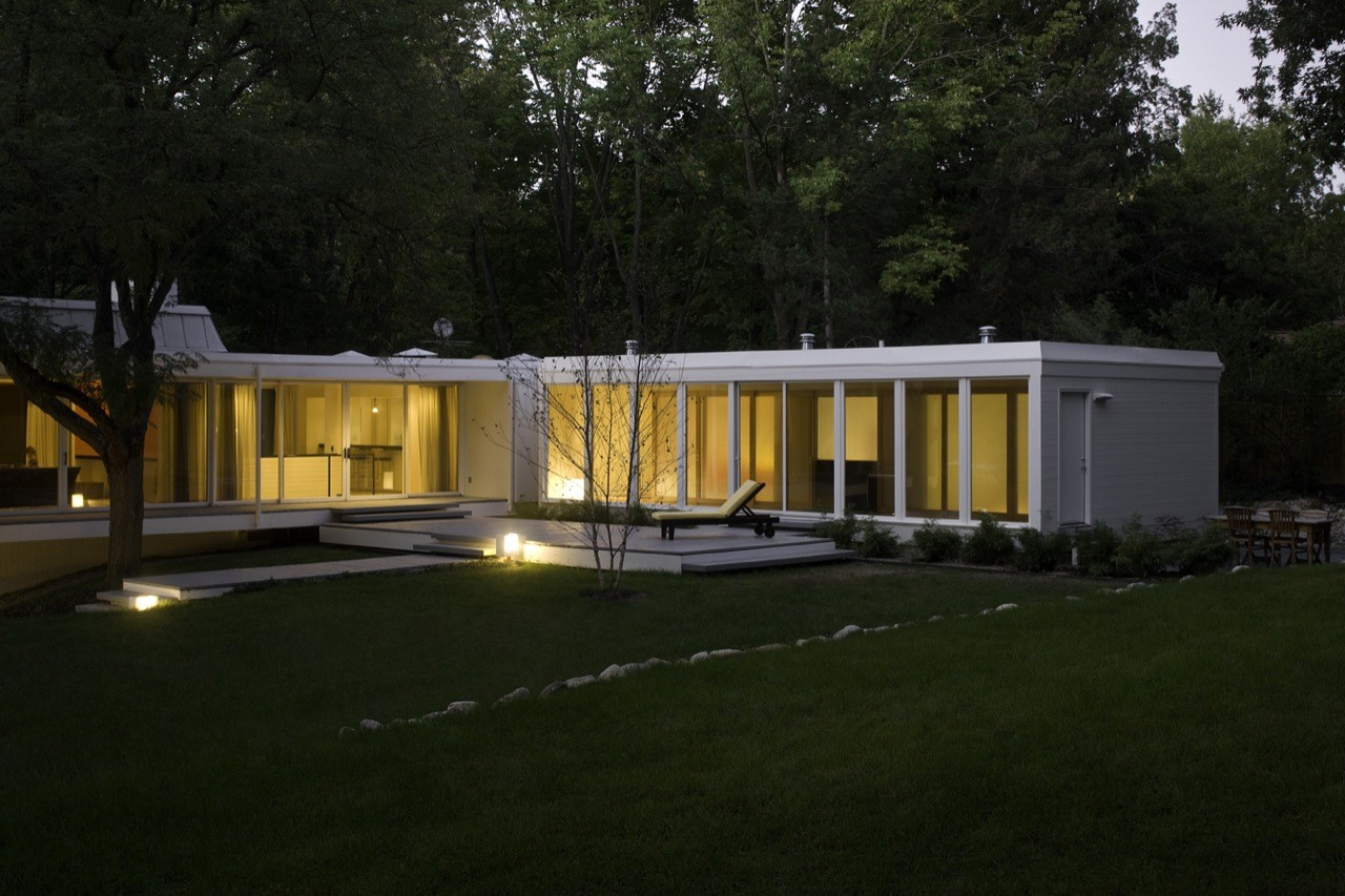 Stolarczyk Residence / Jonathan Barnes Architecture and Design, © Brad Feinknopf