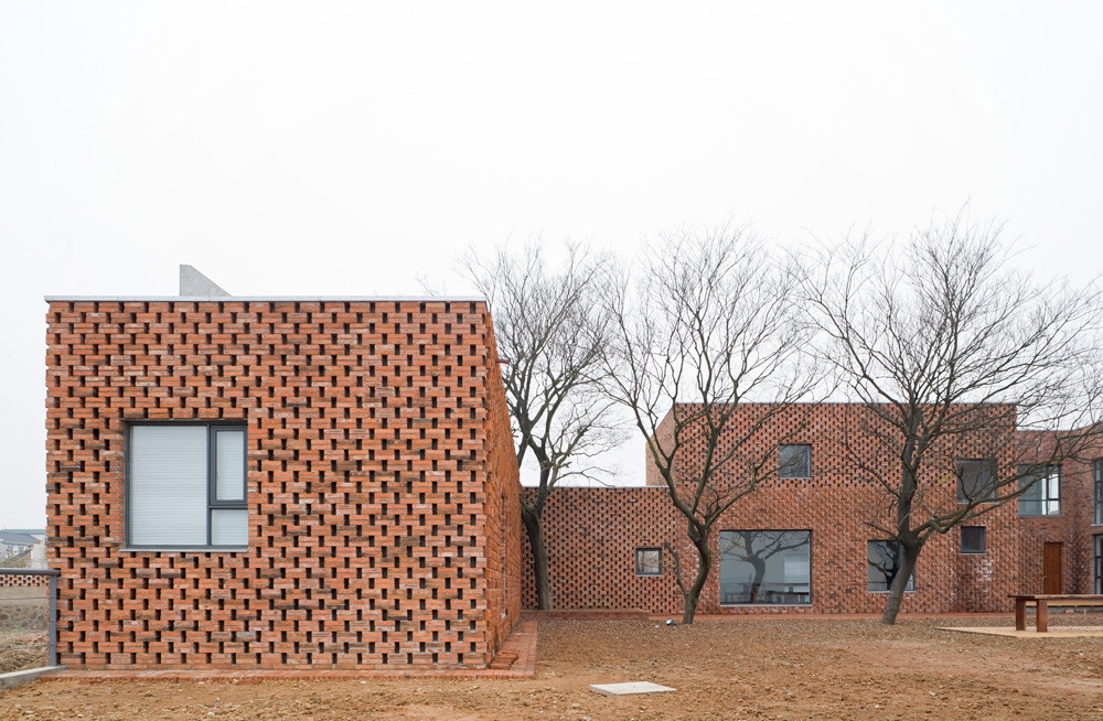 Brick House / AZL architects, © Iwan Baan