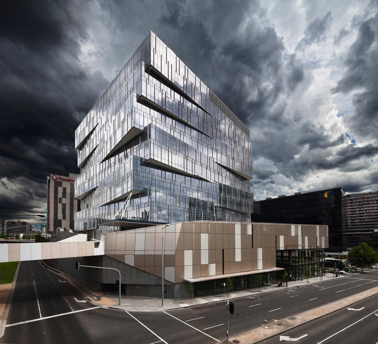 Seven17 bourke street metier3 architects archdaily for Office design archdaily