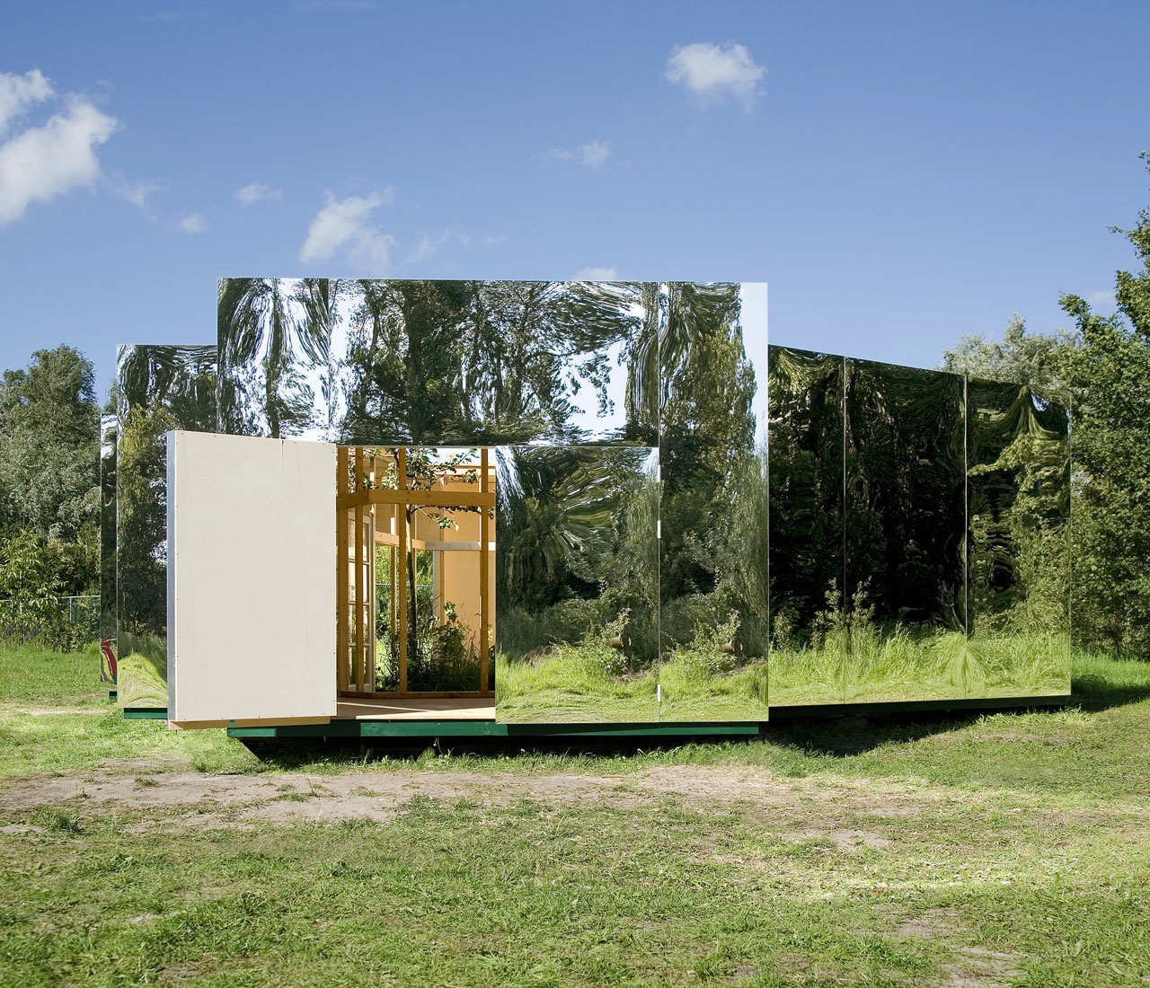 Pavilion for an Artist / Bureau LADA, © Thomas Lenden