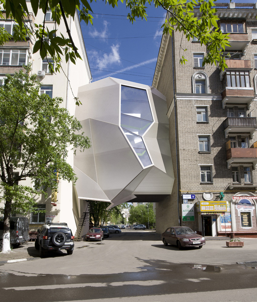 Parasite Office / za bor architects, © Peter Zaytsev