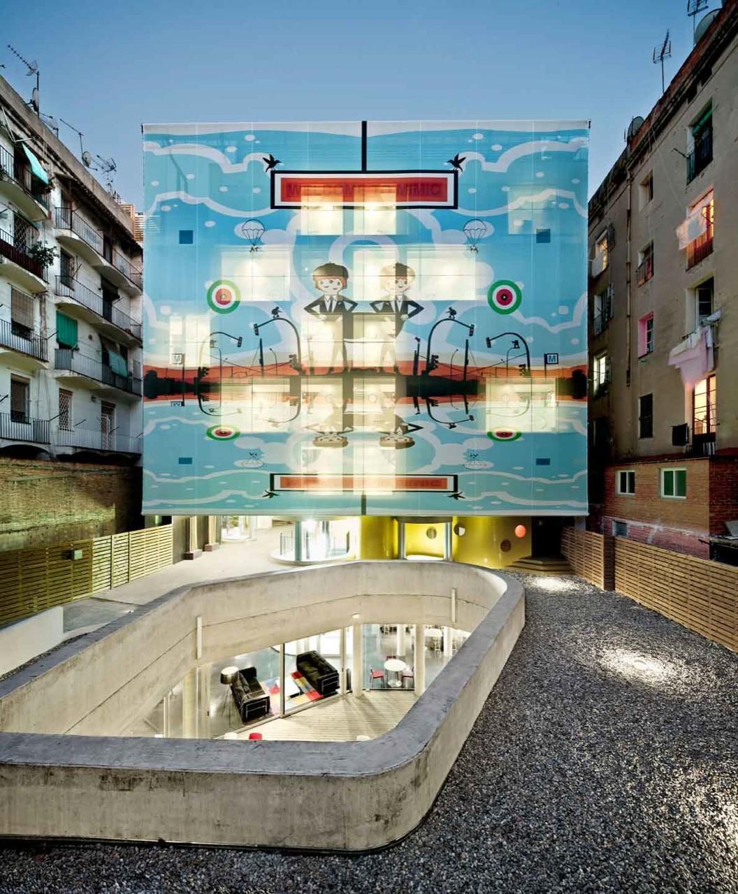 Hotel Arc del Teatre / EQUIP Xavier Claramunt, © Adrià Goula