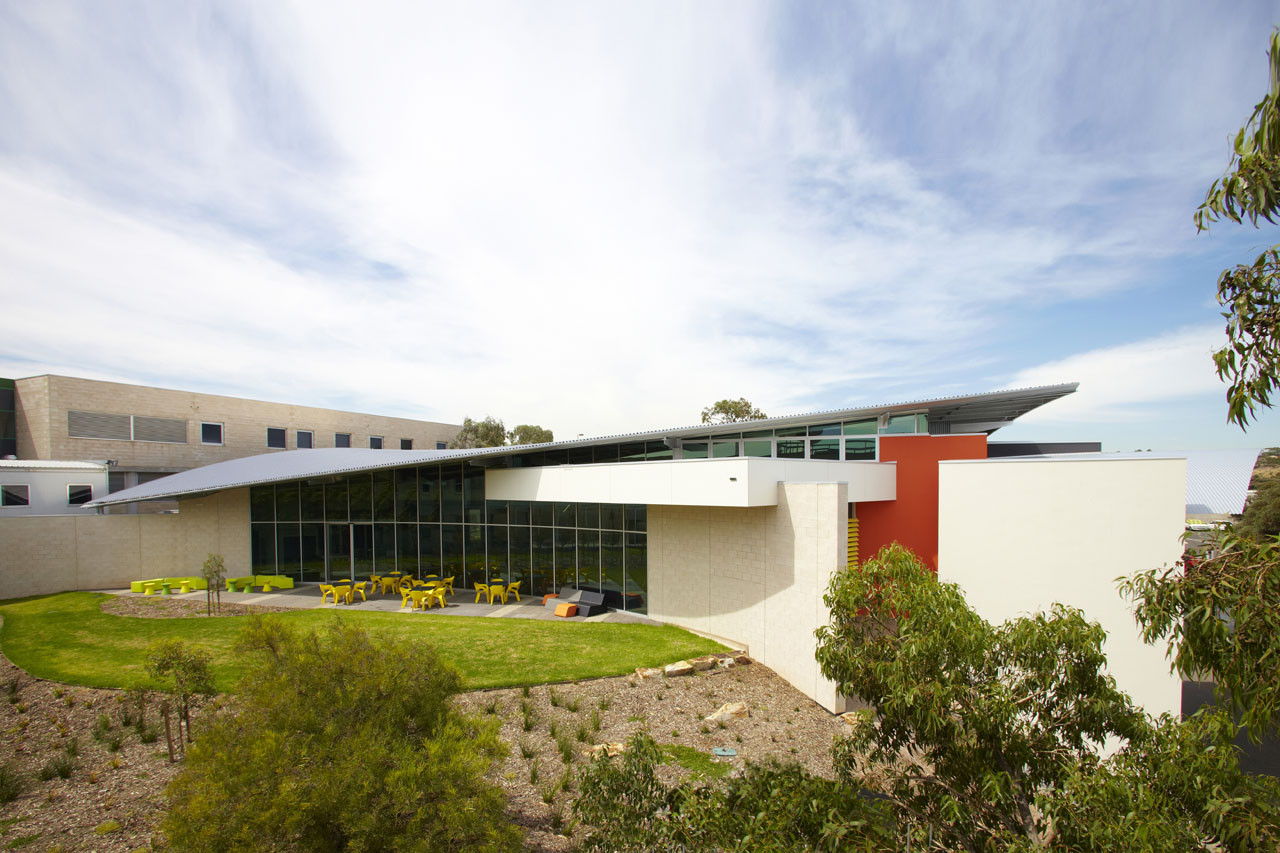 Science Innovation Learning Centre / Swanbury Penglase, © David Russell