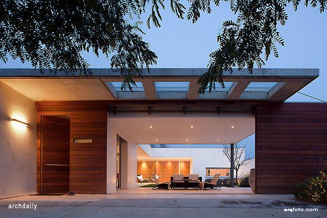 Les Franaqueses del Vallés House / CPVA Arquitectes, © Simon Garcia