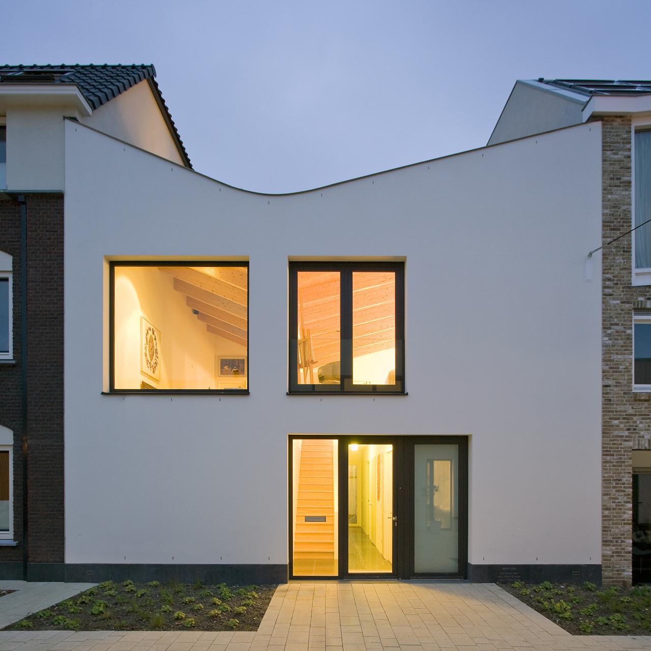 V-House / GAAGA, © Marcel van der Burg