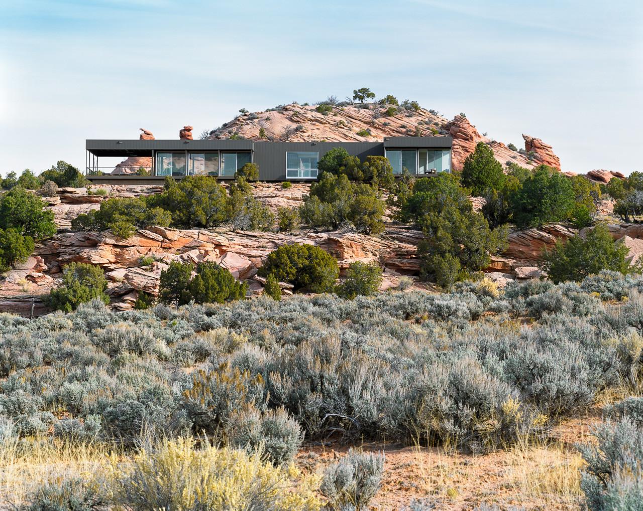 Gallery of hidden valley marmol radziner prefab 7 for Utah home design architects