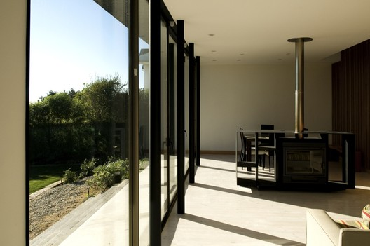 Courtesy of  moure rivera arquitectos