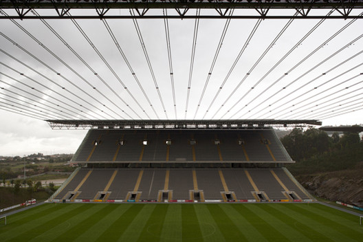 Braga Municipal Stadium / Eduardo Souto de Moura, © Leonardo Finotti