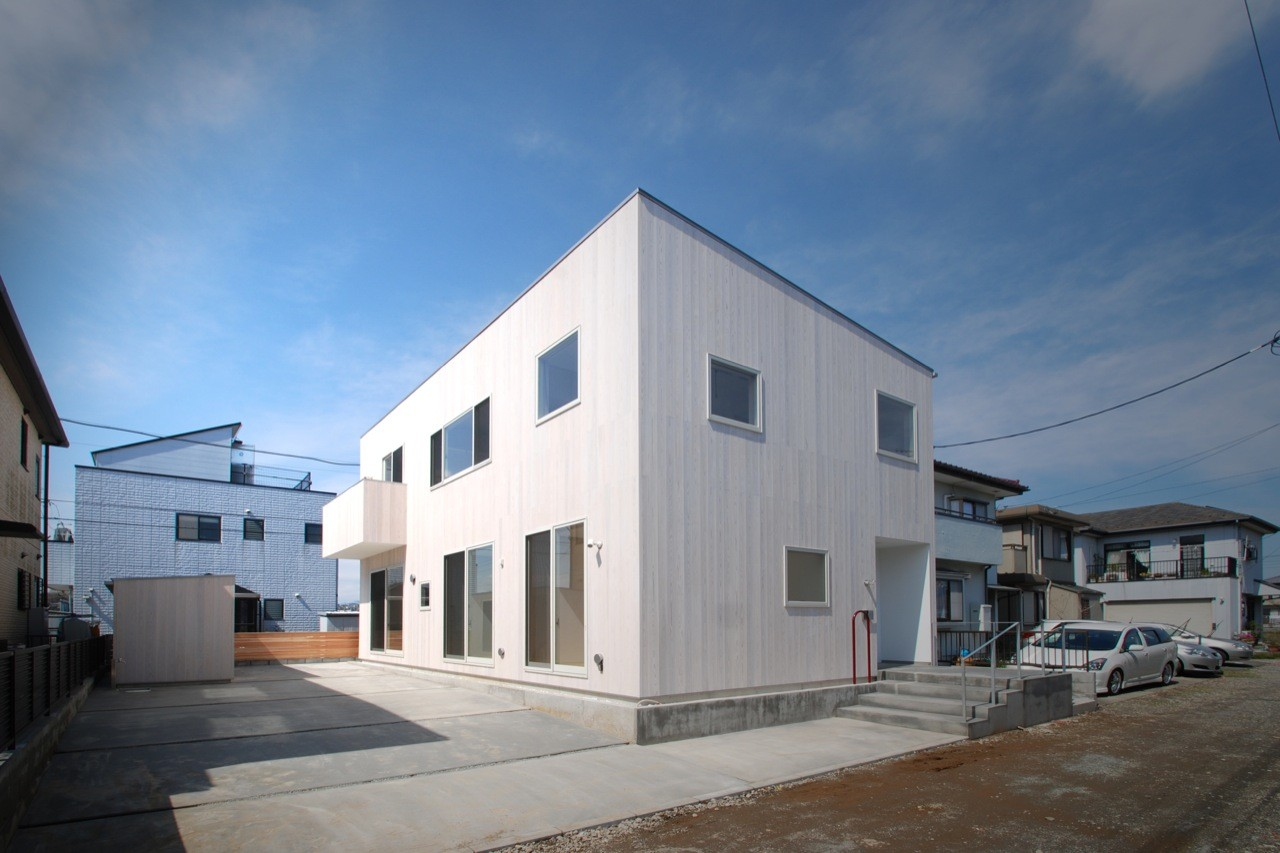 Duplex House in Hiratsuka / LEVEL Architects, Courtesy of  level architects