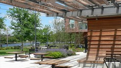 Riverside Park Pavilion / Touloukian Touloukian Inc.