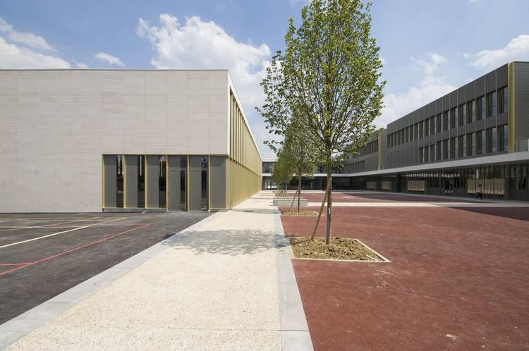 Jean-Perrin High School / Atelier d'Architecture Brenac-Gonzalez, © Benoit Fougeirol