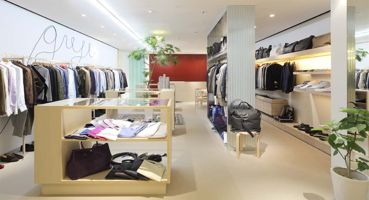 Gallery of guji osaka select shop ninkipen 1 for Boutique interior design images