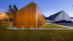 Shepherd of the Valley Chapel / 3six0 Architecture