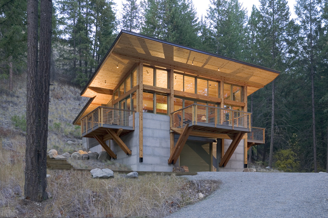 Wintergreen Cabin / Balance Associates Architects, © Steve Keating Photography