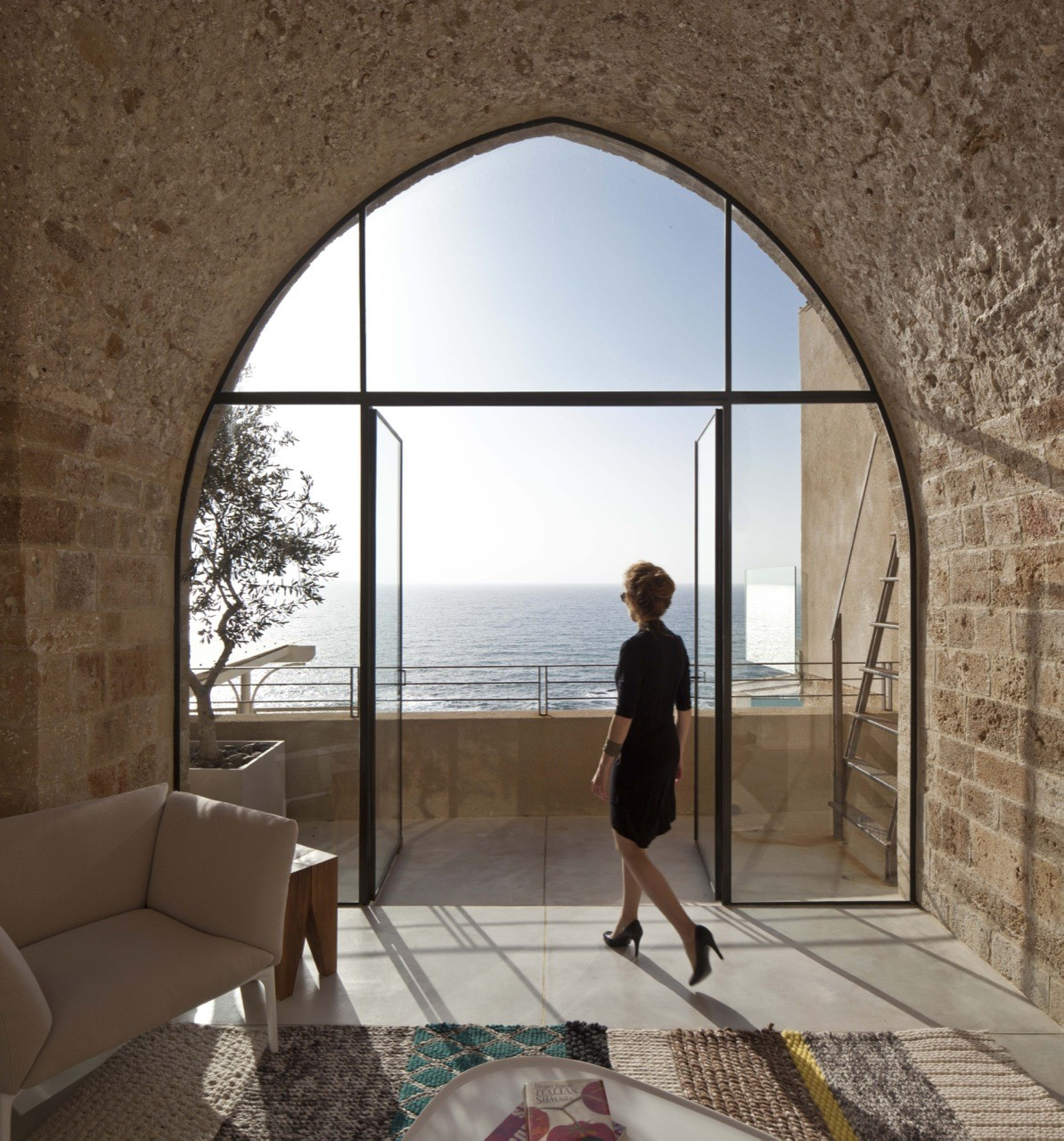 Jaffa Apartment / Pitsou Kedem Architect, © Amit Geron