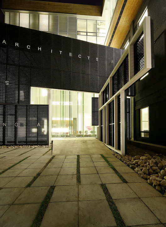 Courtesy of Mochen Architects & Engineers