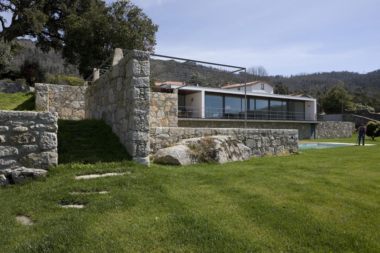 Afife House / Alfredo Resende Arquitectos, © Luis Ferreira Alves
