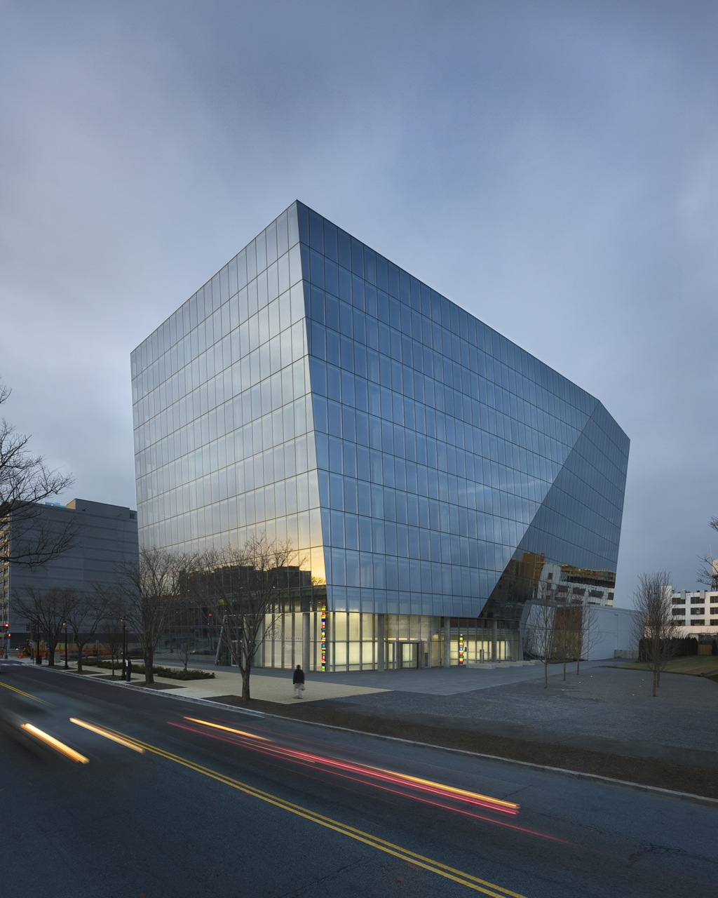 1100 First Street / Krueck & Sexton Architects, Courtesy of Prakash Patel
