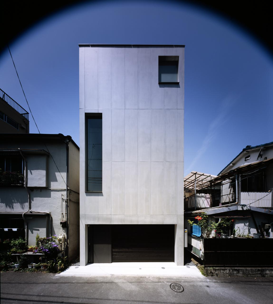 2 Courts House / Keiji Ashizawa Design, © Daici Ano