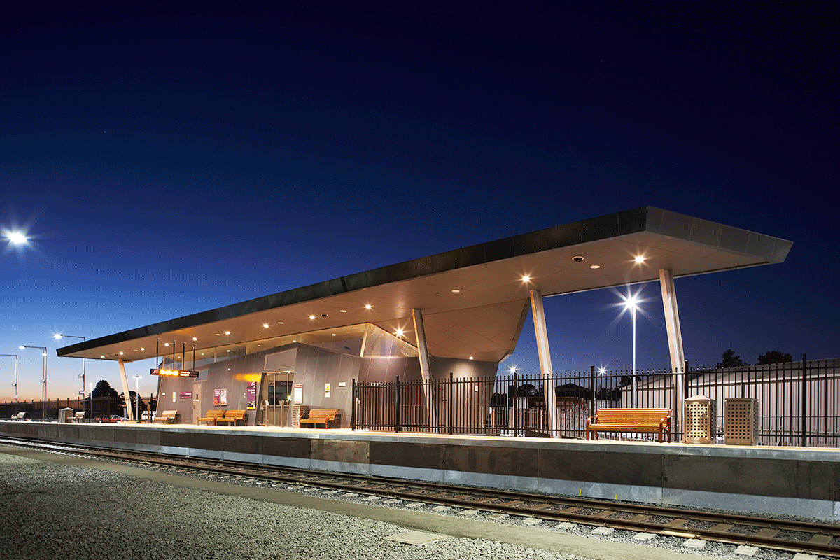 Wendouree Railway Station / Hassell with Parsons Brinckerhoff, Courtesy of  hassell