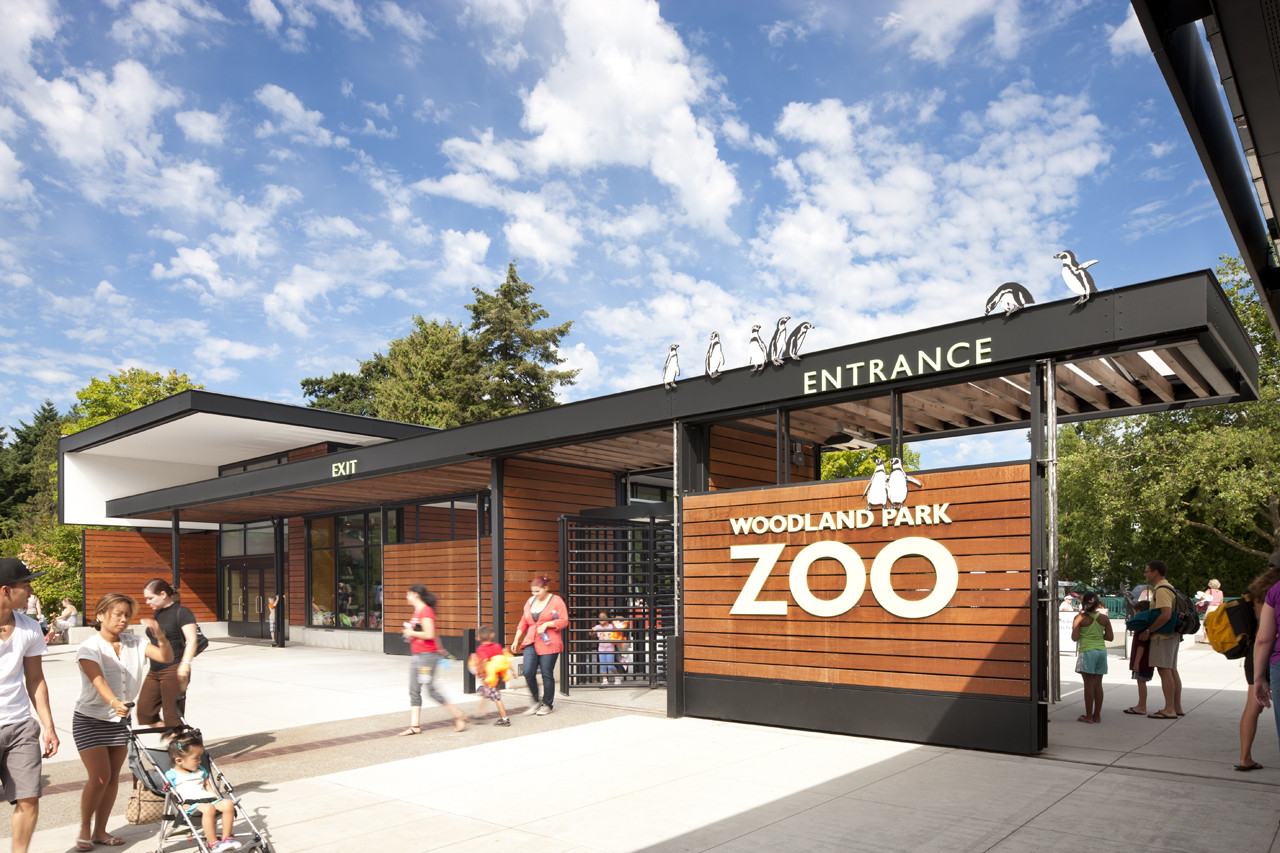 Woodland Park Zoo New West Entry / Weinstein A|U, © Lara Swimmer