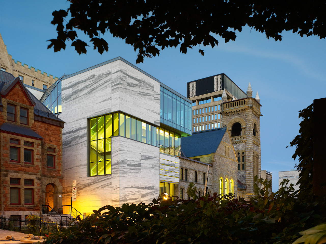 New pavilion of quebec and canadian art and concert hall for Architecture quebec