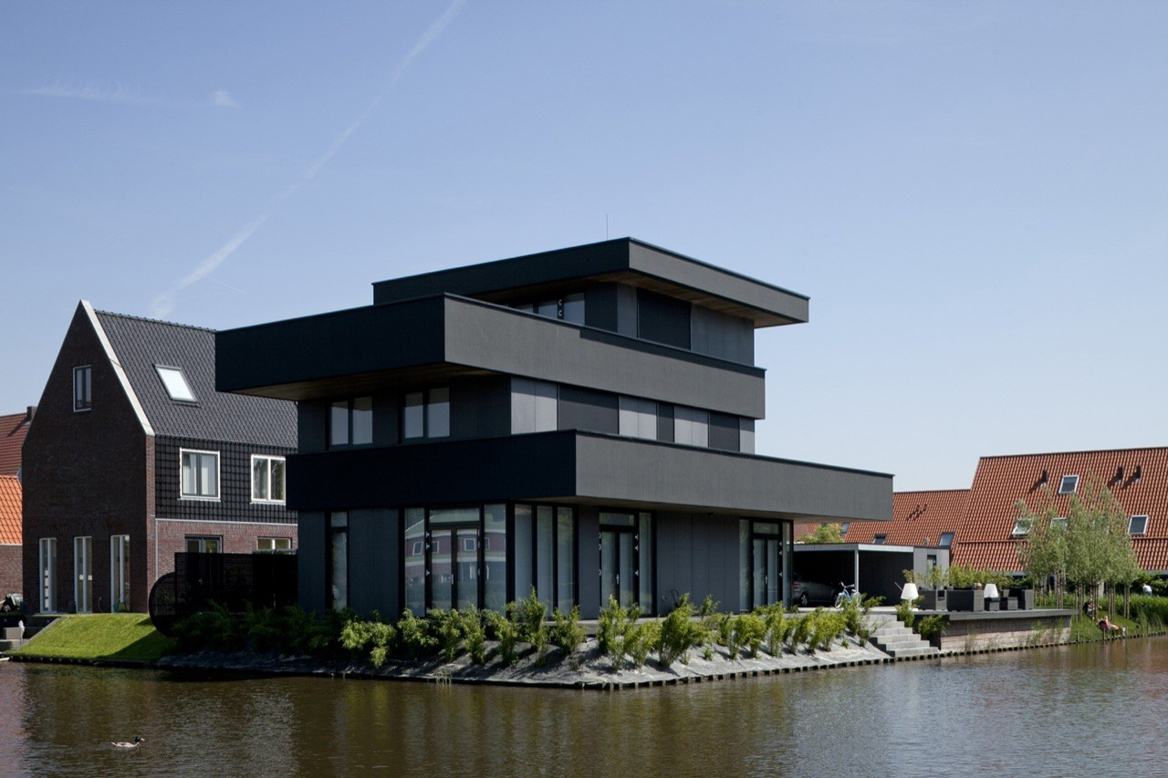 Modern Villa / BBVH Architecten, © Luuk Kramer