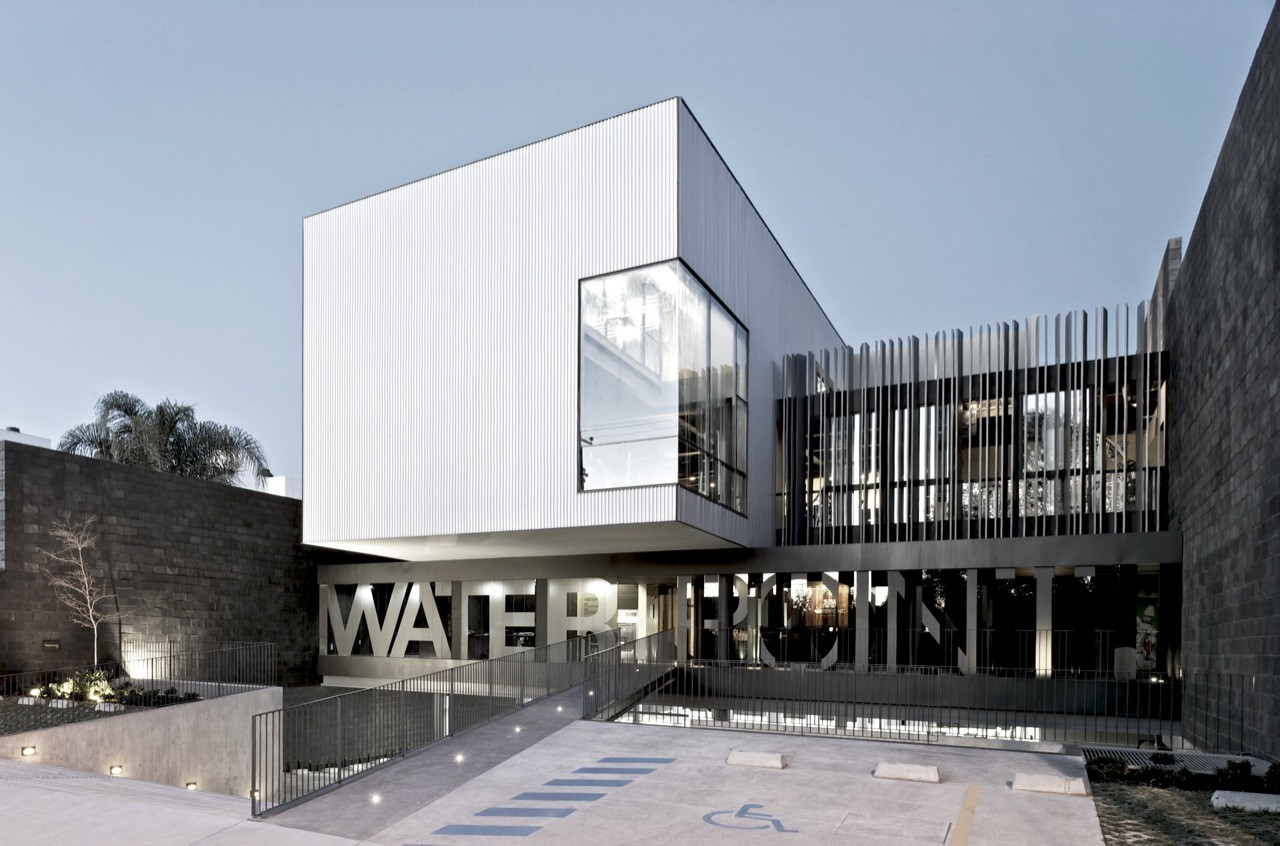Water Point Aquatic Center / AD11, Courtesy of  ad11