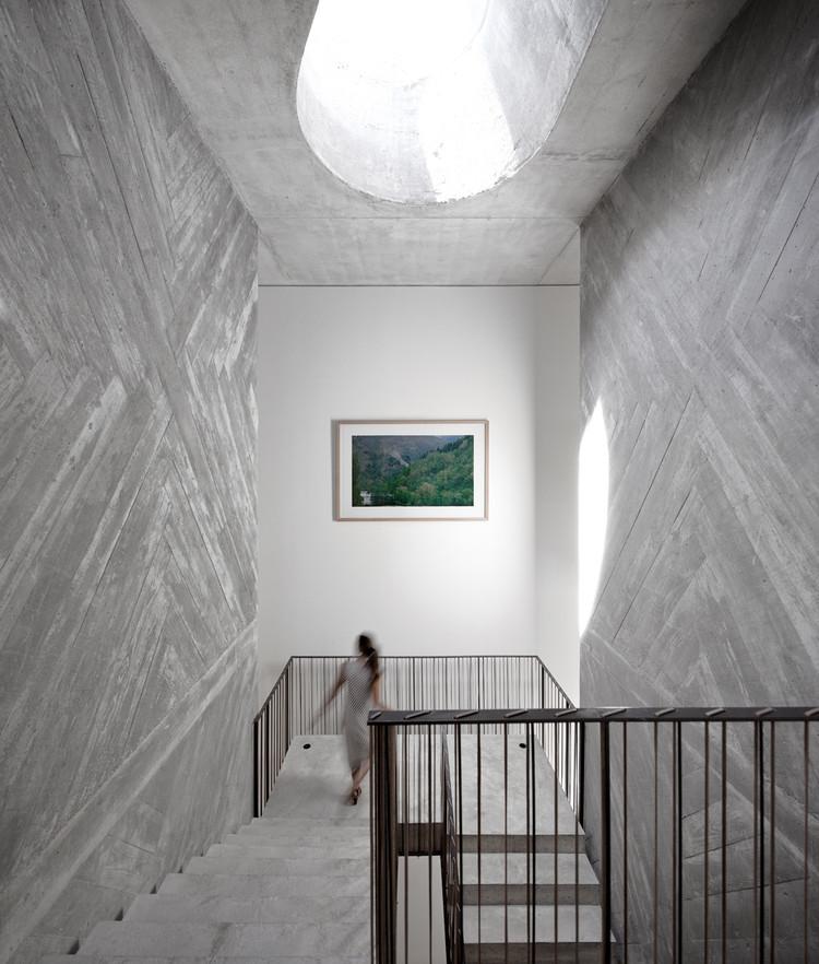 Casa do Conto / Pedra Líquida, © Fernando Guerra | FG+SG