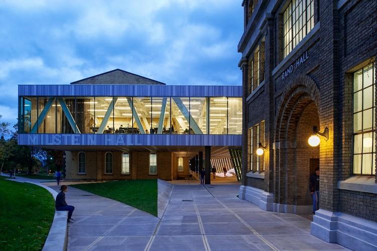 Milstein Hall at Cornell University / OMA, © Matthew Carbone