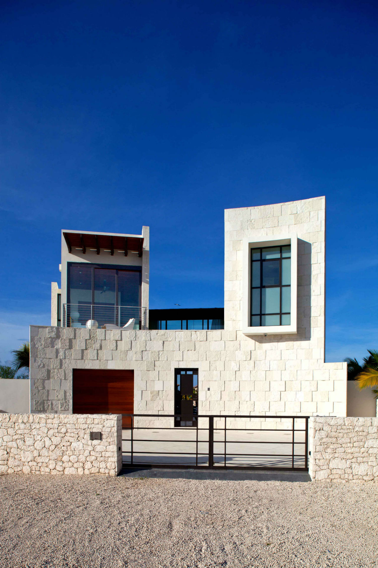 Bonaire House / Silberstein Architect, © Robin Hill Photography