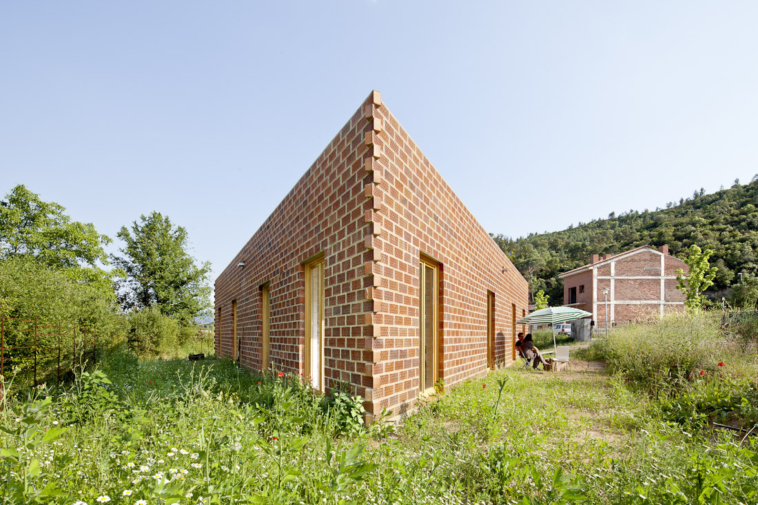 712 House / H Arquitectes, © Adria Goula