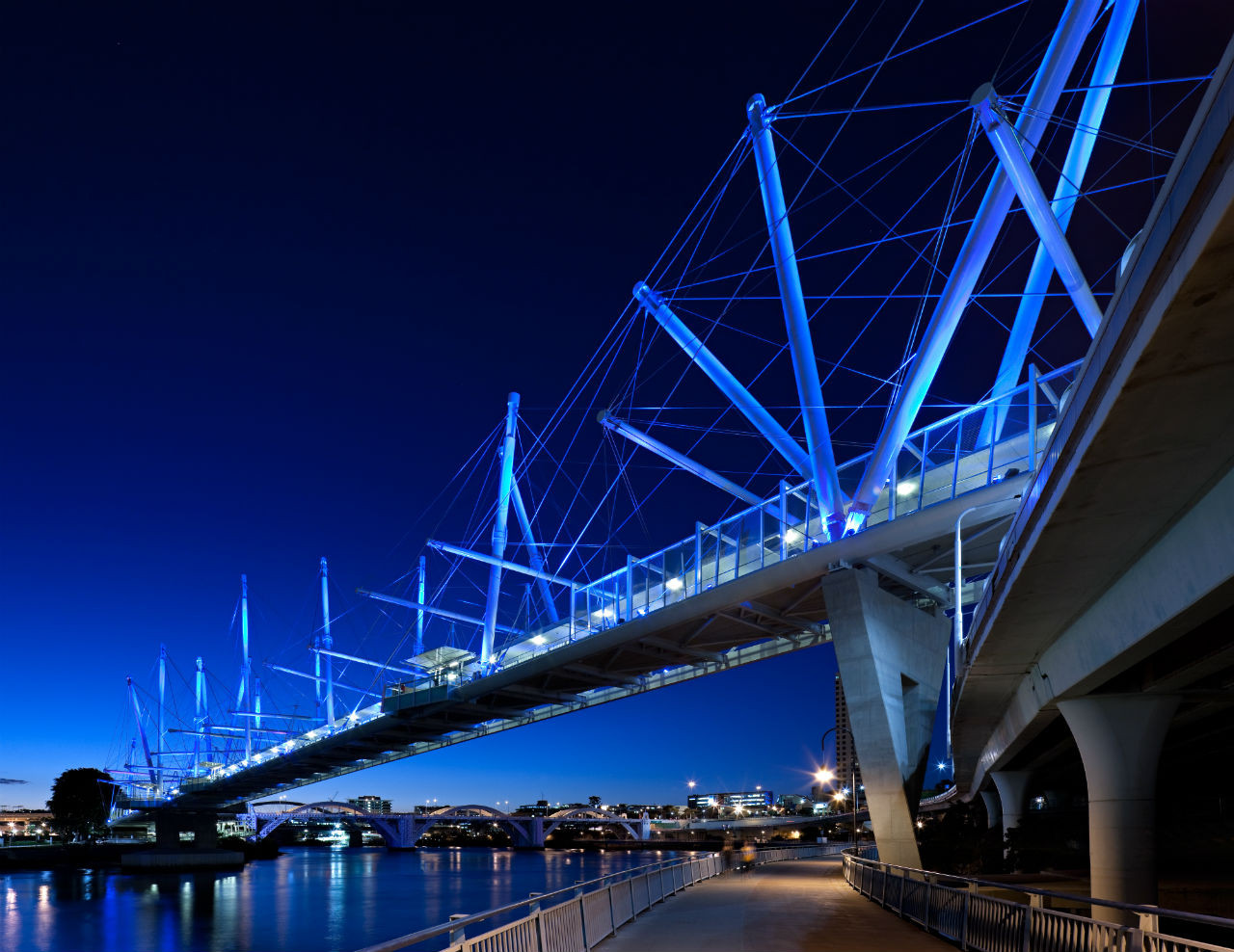 Kurilpa Bridge / Cox Rayner Architects with Arup, © Christopher Frederick Jones