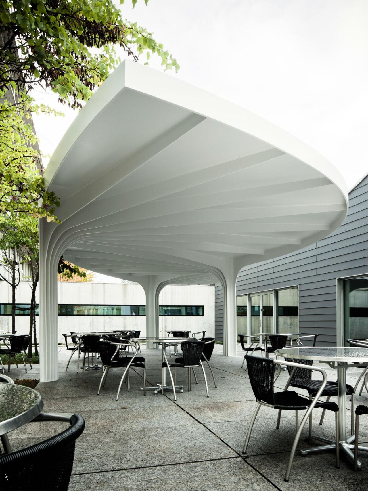 Gallery of leaf structured canopy sam architekten und for Modern building canopy design