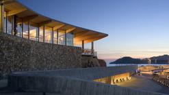 Sant Feliu Yacht Club / Fuses i Viader