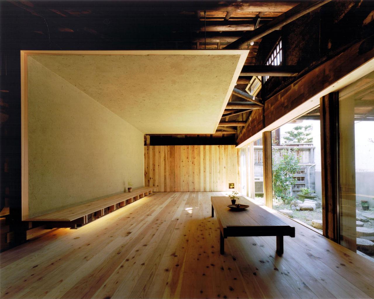 Wood Old House / Tadashi Yoshimura Architects, © Hitoshi Kawamoto