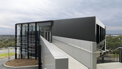 Flinders University – Health Sciences Teaching Facility / Grieve Gillett
